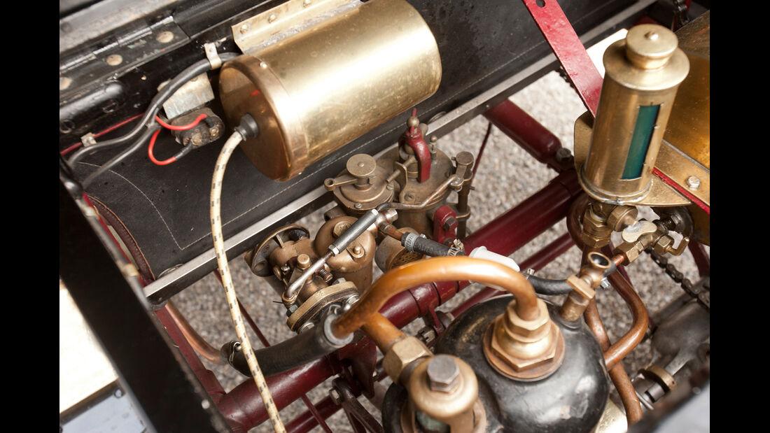 Kronprinz Wilhelm Rasanz, Renault Agatha, Motor