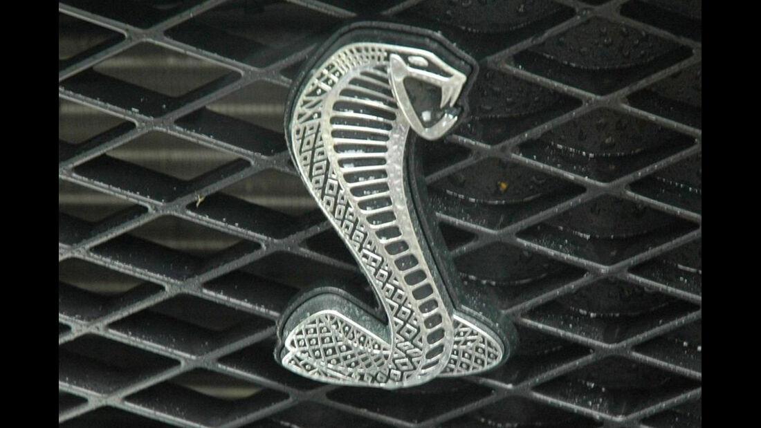 Kühlerfigur Cobra