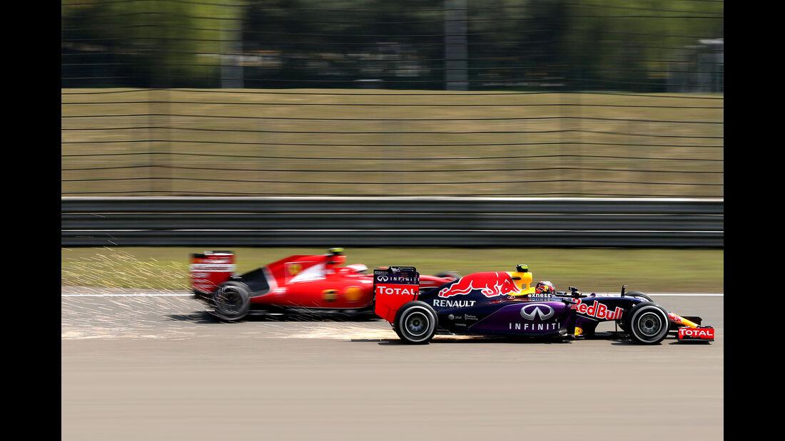 Kvyat & Räikkönen - Formel 1 - GP China - Shanghai - 10. April 2015