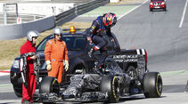 Kvyat - Red Bull - Barcelona Test 2 - 2015