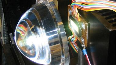 LED Array mit fokussierender Linse
