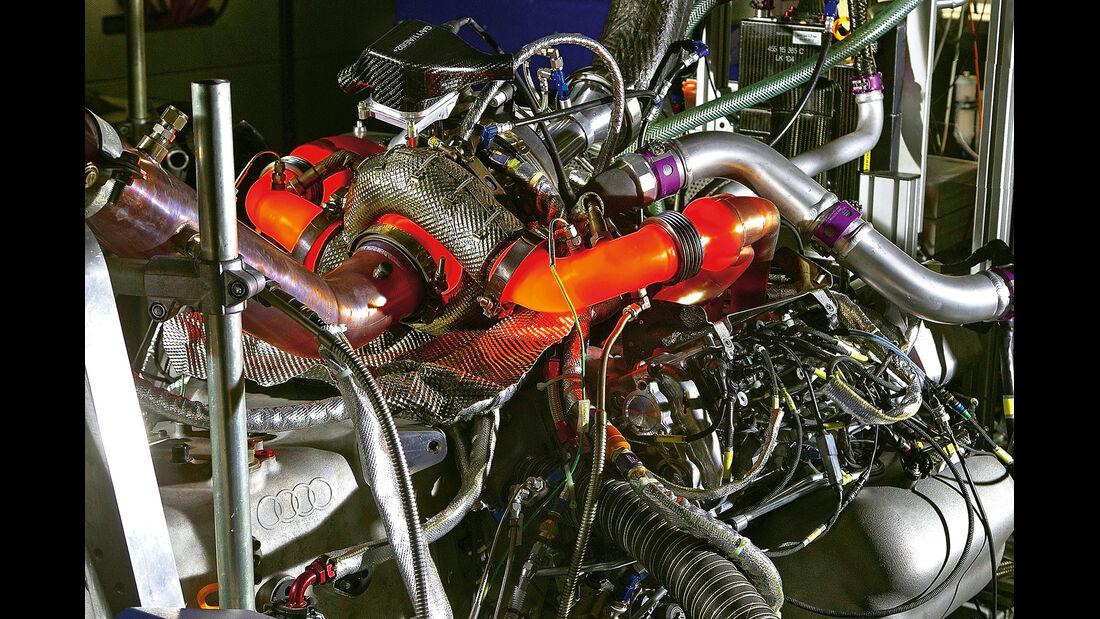 LMP1- Audi R18 e-tron Quattro, Motor
