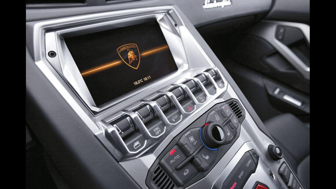 Lamborghini Aventador, Detail, Bedienelemente