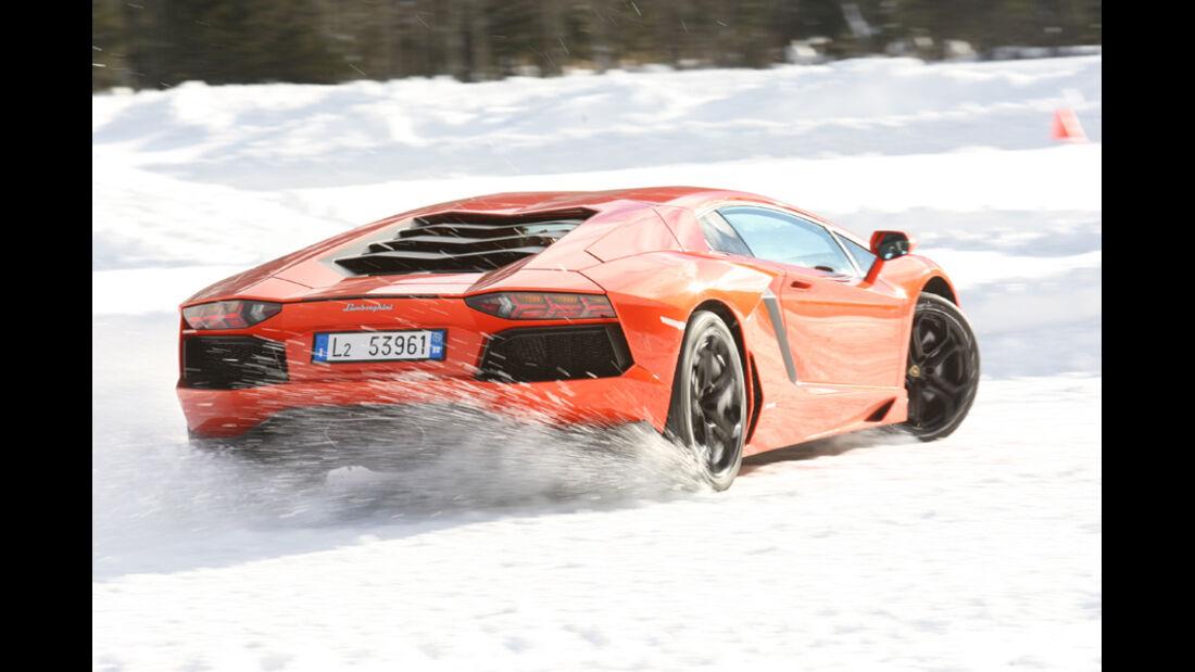 Lamborghini Aventador, Heck