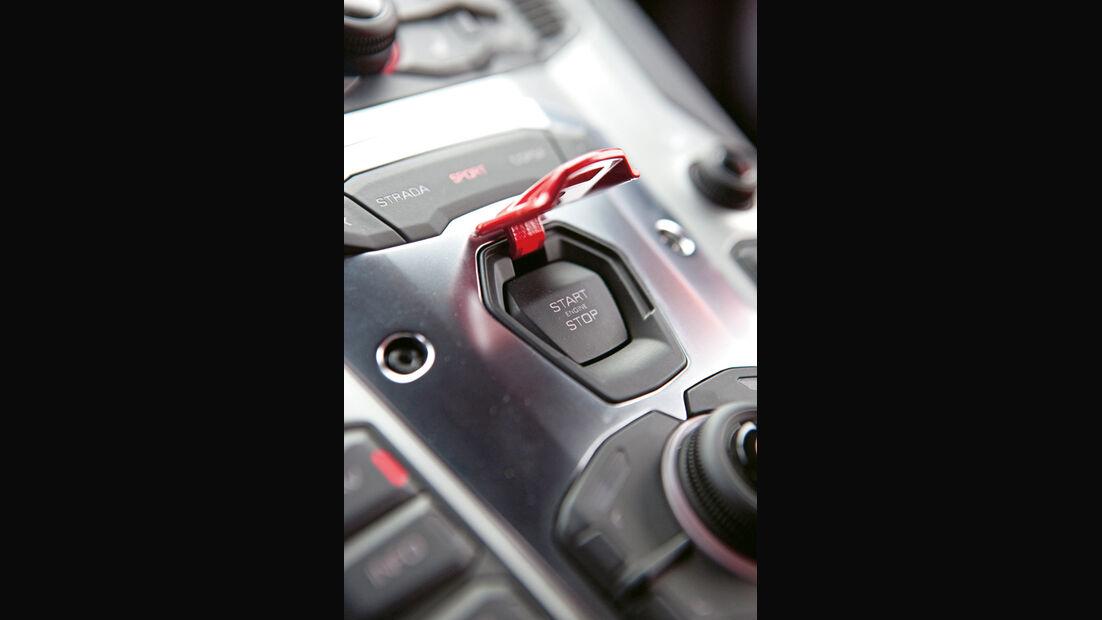 Lamborghini Aventador LP 700-4, Detail, Start-Stopp-Knopf, Aktivierungsknopf