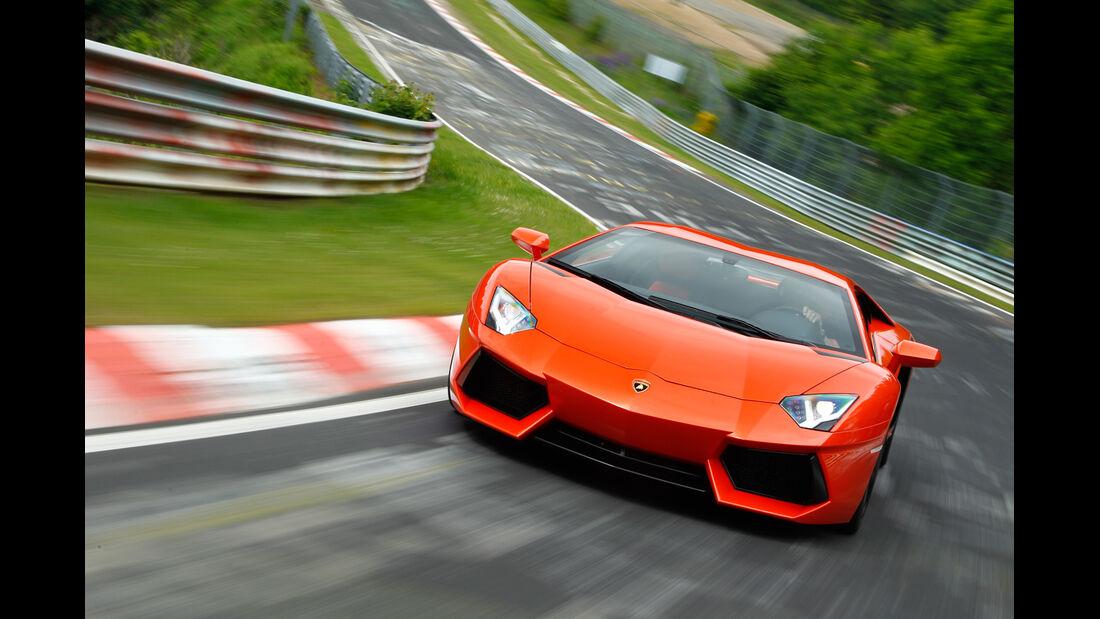 Lamborghini Aventador LP 700-4, Frontansicht