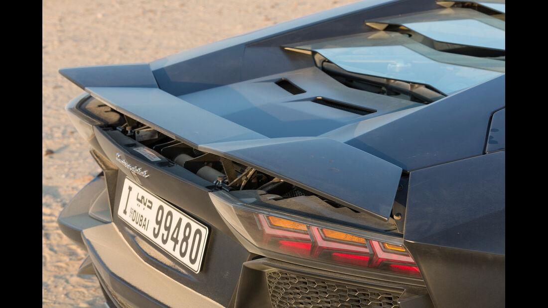 Lamborghini Aventador LP 700-4, Heck, Spoiler