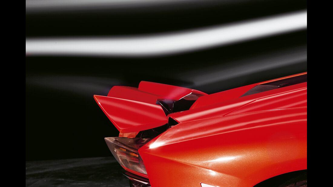 Lamborghini Aventador LP 700-4, Heckspoiler