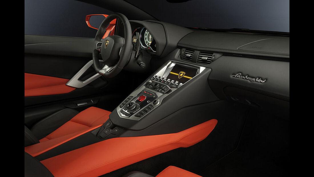Lamborghini Aventador LP 700-4, Innenraum