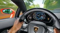 Lamborghini Aventador LP 700-4, Lenkrad