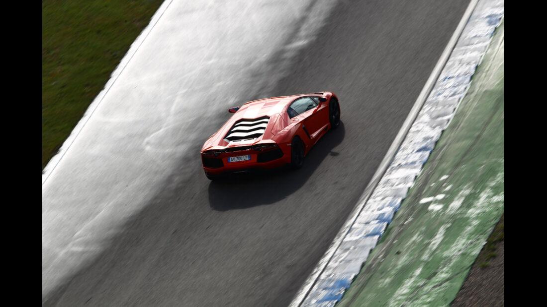 Lamborghini Aventador LP 700-4, Rennstrecke
