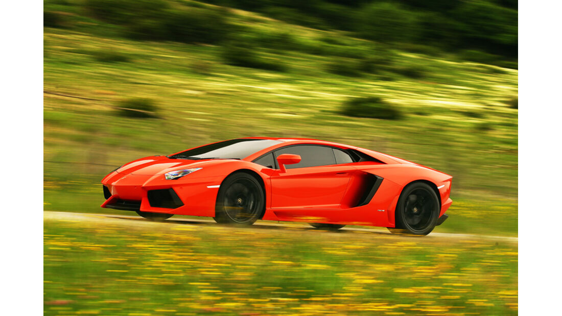 Lamborghini Aventador LP 700-4, Seitenansicht, ‹berland
