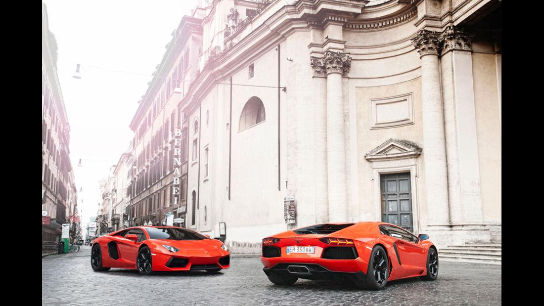 Lamborghini Aventador LP 700-4, Zwei Fahrzeuge, Stadt, Frontansicht, Heckansicht
