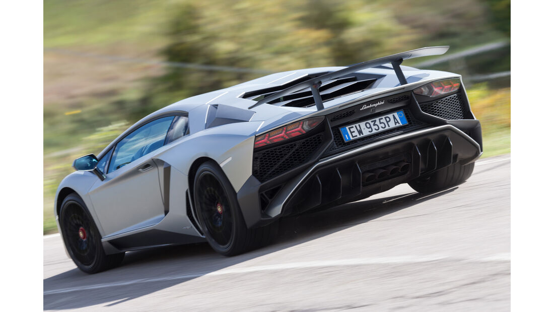 Lamborghini Aventador LP750  SV, Heckansicht