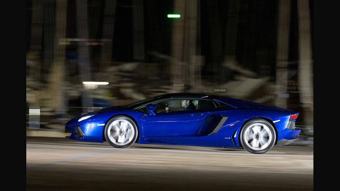 Lamborghini Aventador Roadster, Sportwagen