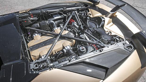 Lamborghini Aventador SVJ Roadster, Motor