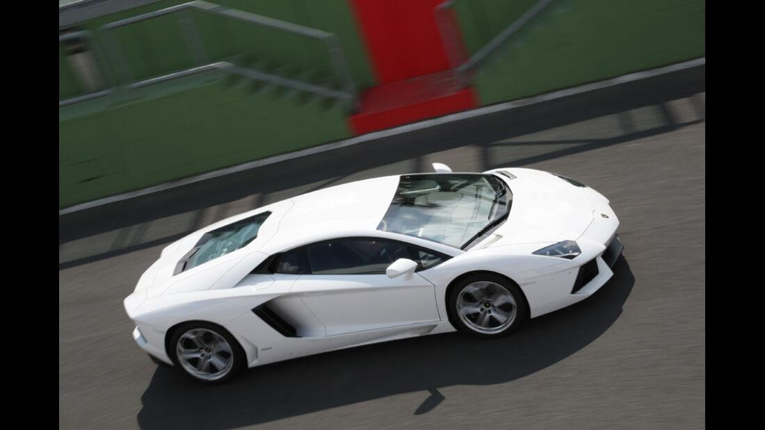 Lamborghini Aventador, von oben, Teststrecke