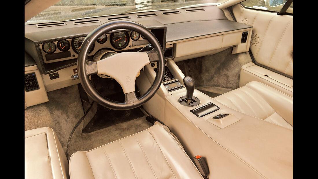 Lamborghini Countach, Cockpit, Lenkrad