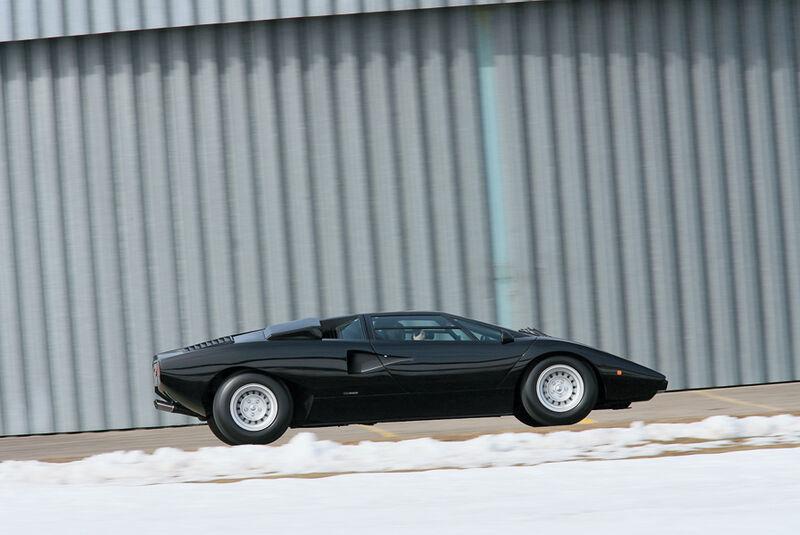Lamborghini Countach LP 400 - Seitenansicht