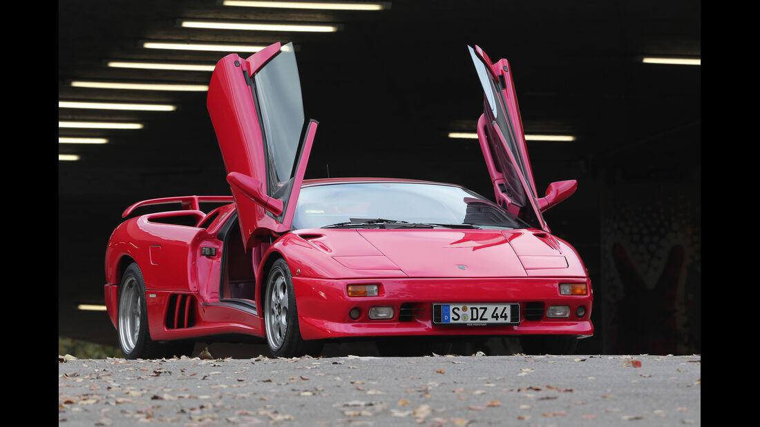 Lamborghini Diablo VT Roadster, Scherentüren