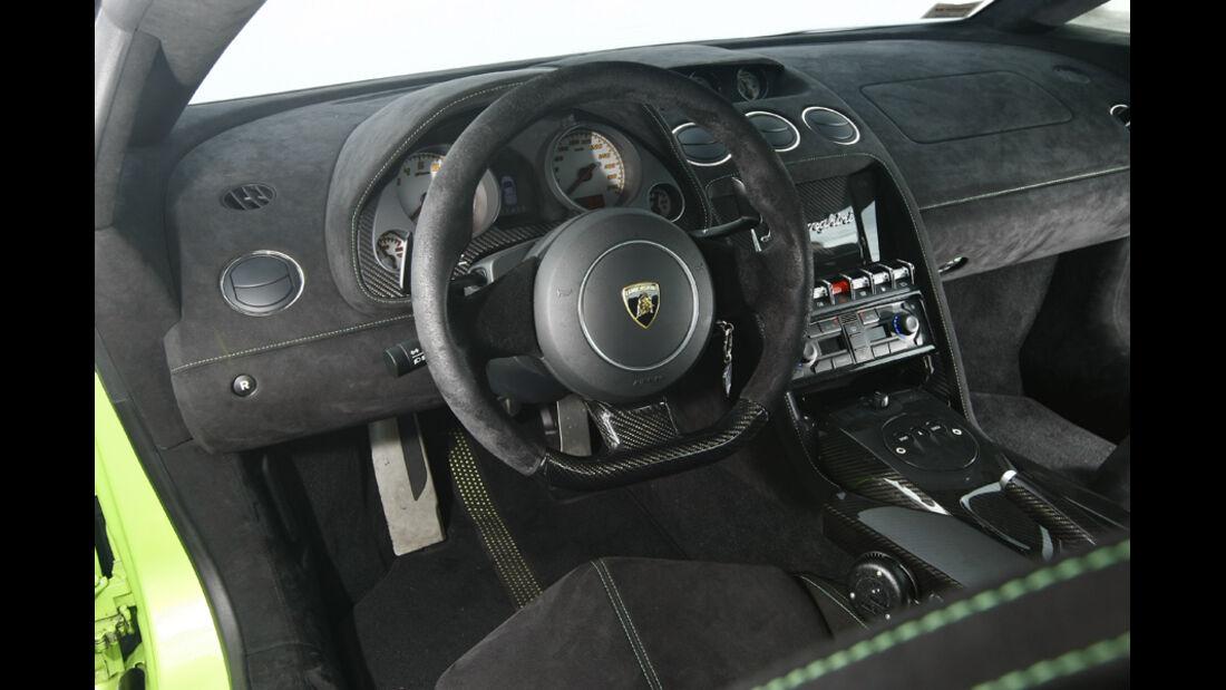 Lamborghini Gallardo LP 570-4 Superleggera, Cockpit, Lenkrad