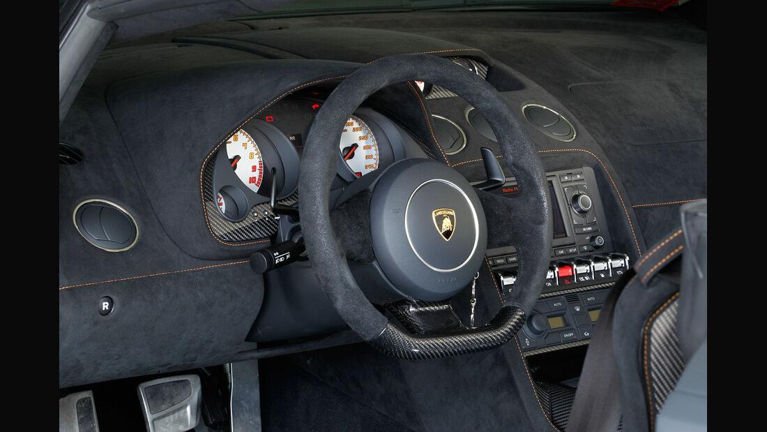 Lamborghini Gallardo Spyder Performante, Lenkrad, Cockpit