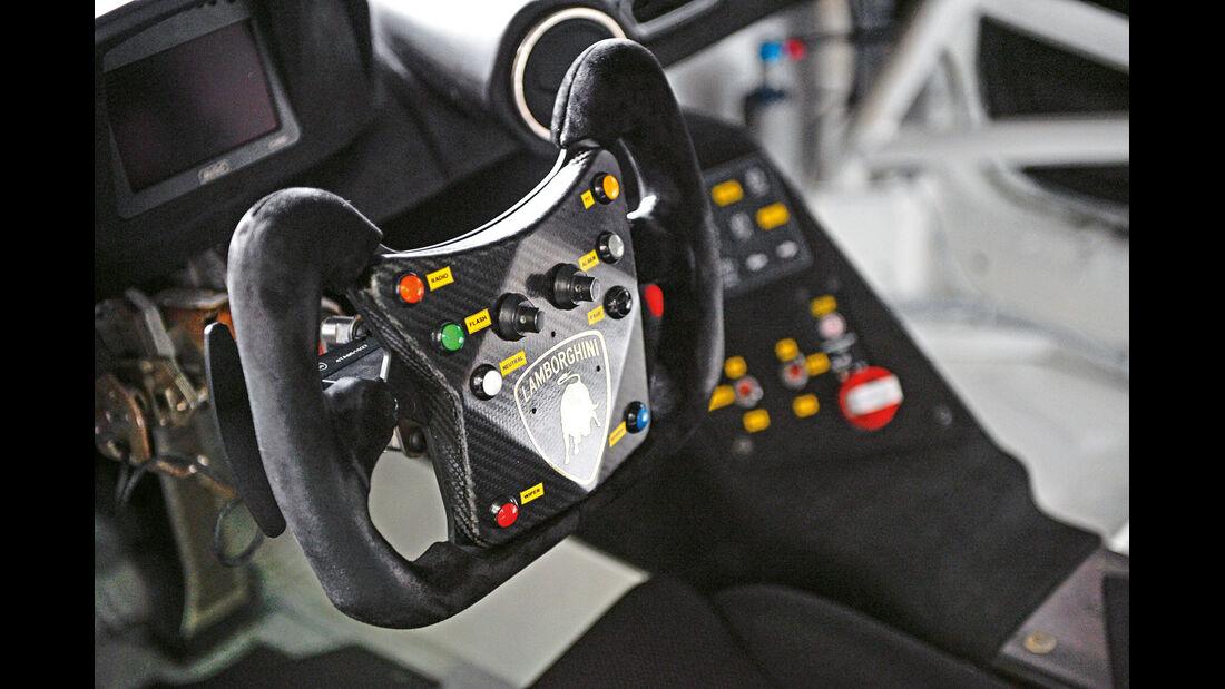 Lamborghini Huracán LP 620-2 Super Trofeo, Lenkrad