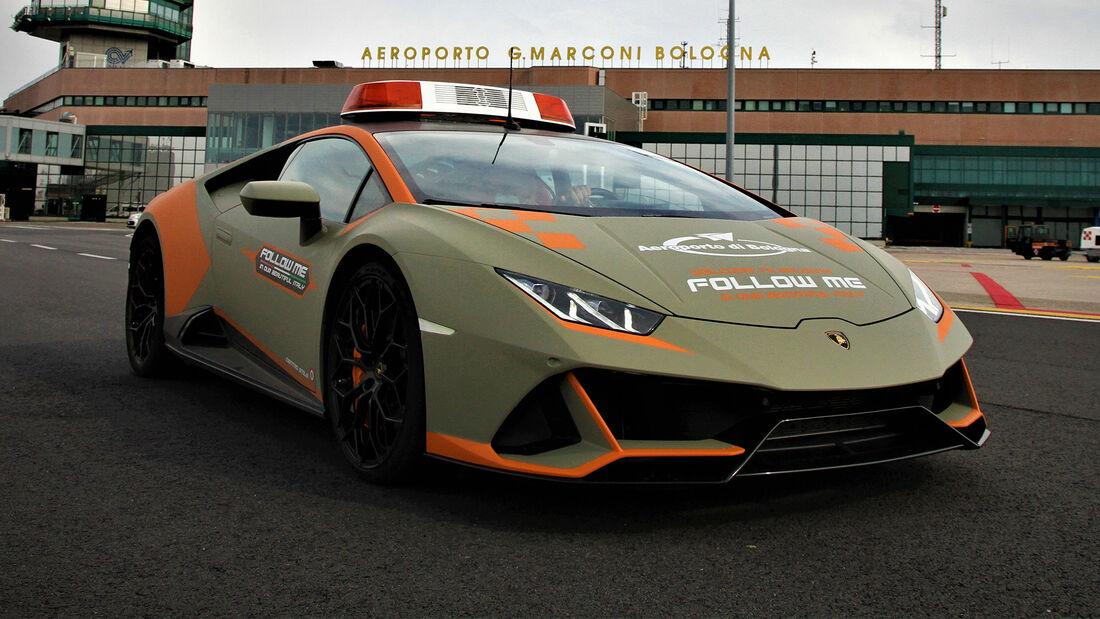 Lamborghini Huracan Evo Follow Me Flughafen Bologna