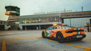 Lamborghini Huracan Follow Me 2019