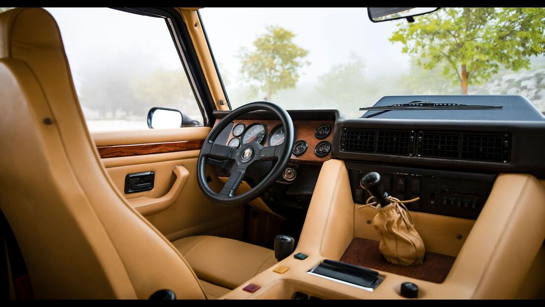 Lamborghini LM002 (1988)