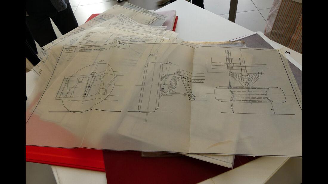 Lamborghini Miura - 50 Jahre - Designskizzen
