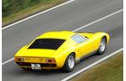 Lamborghini Miurca SV, Seitenansicht, Überlandfahrt, schräg hinten