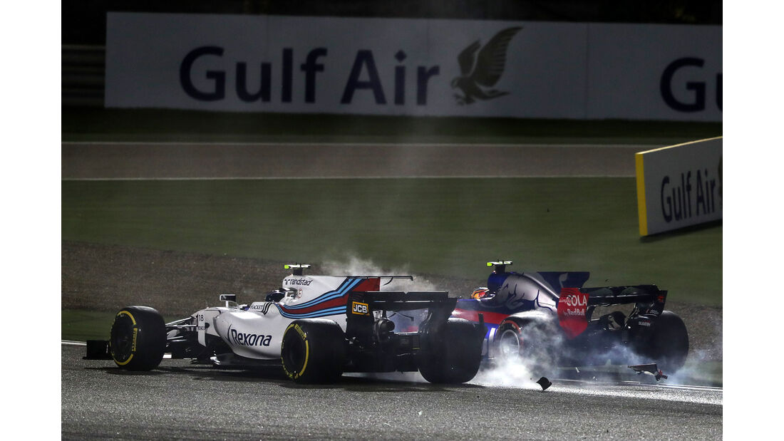 Lance Stroll - Williams - Carlos Sainz - Toro Rosso - GP Bahrain 2017 - Rennen