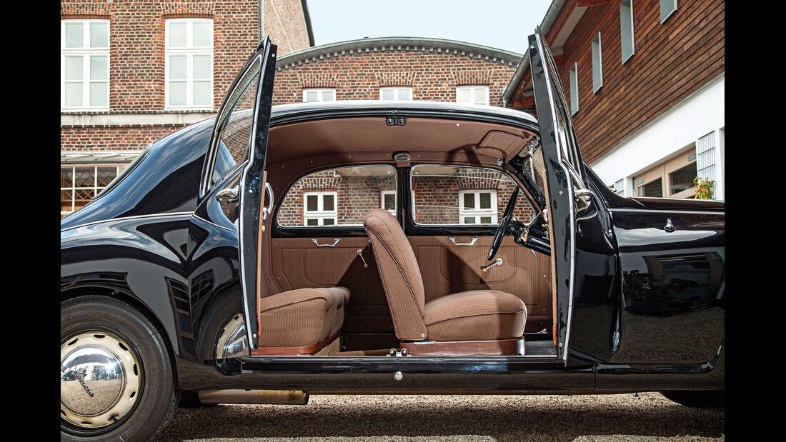 Lancia Aurelia B 10, Türen