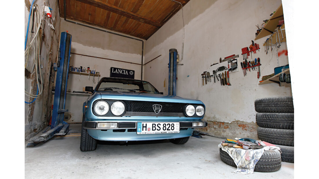 Lancia Beta Spider, Kühlergrill, Garage