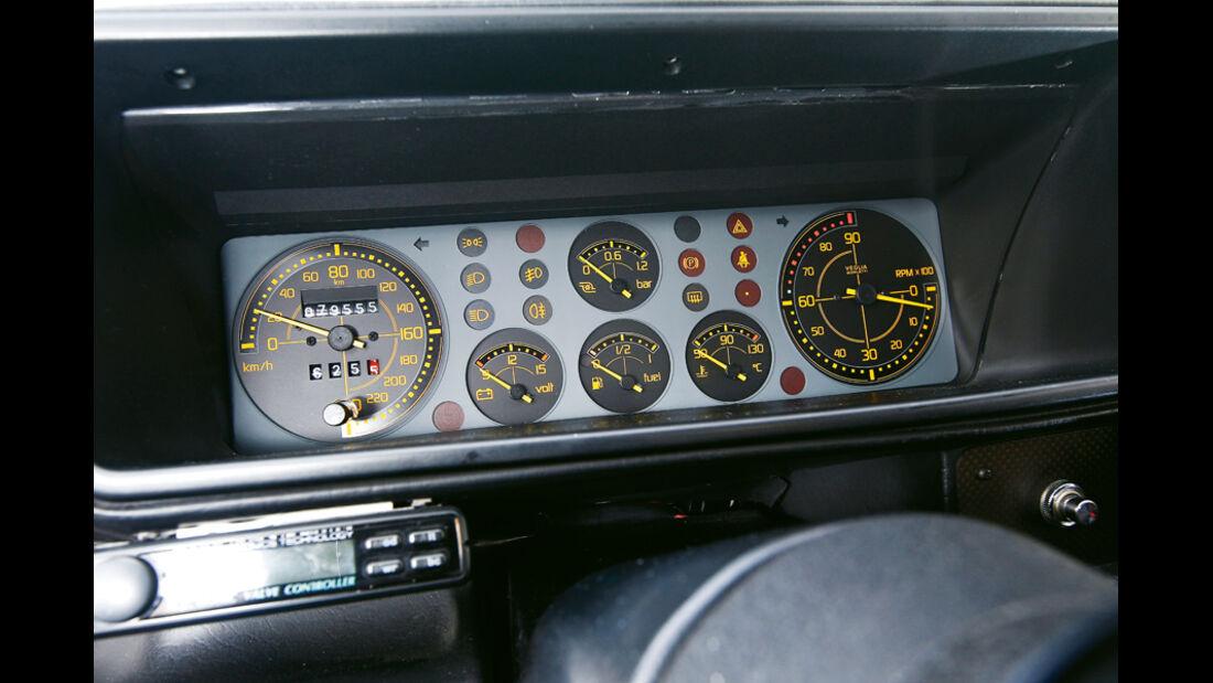 Lancia Delta HF integrale, Rundinstrumente