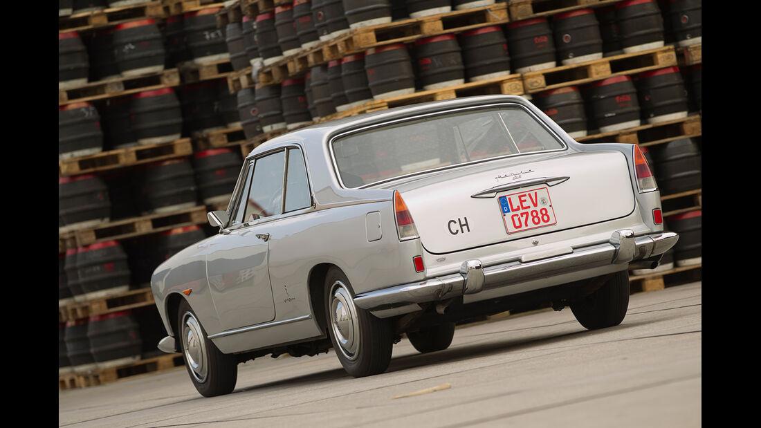 Lancia Flaminia Coupé 3B 2800, Heckansicht
