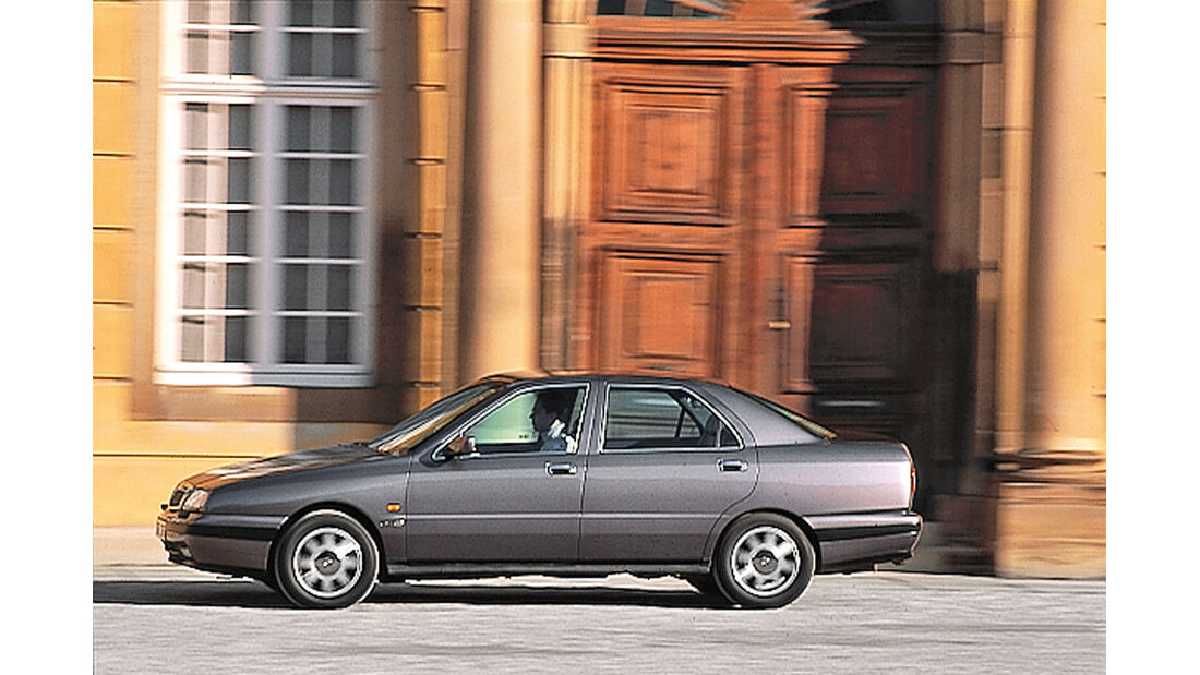 Lancia Kappa, Seitenansicht