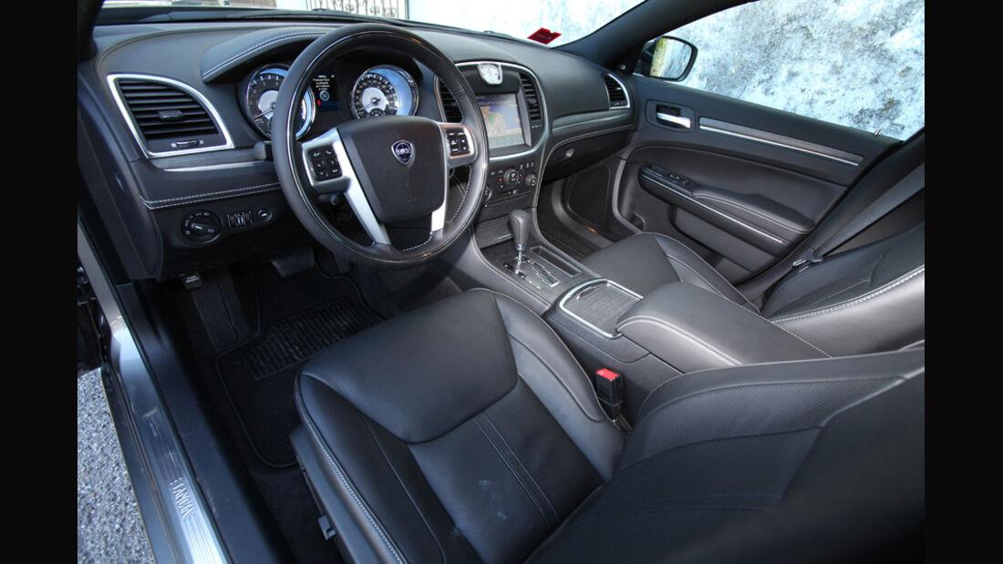 Lancia Thema 3.0 V6 Multijet Platinum, Cockpit