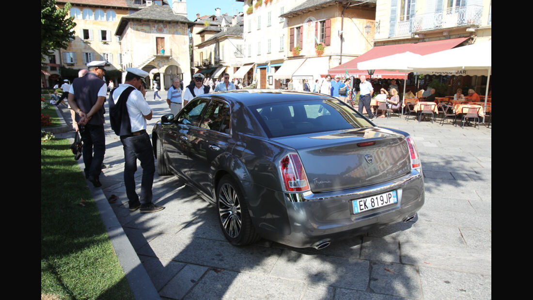 Lancia Thema 3.0 V6 Multijet Platinum, Heck