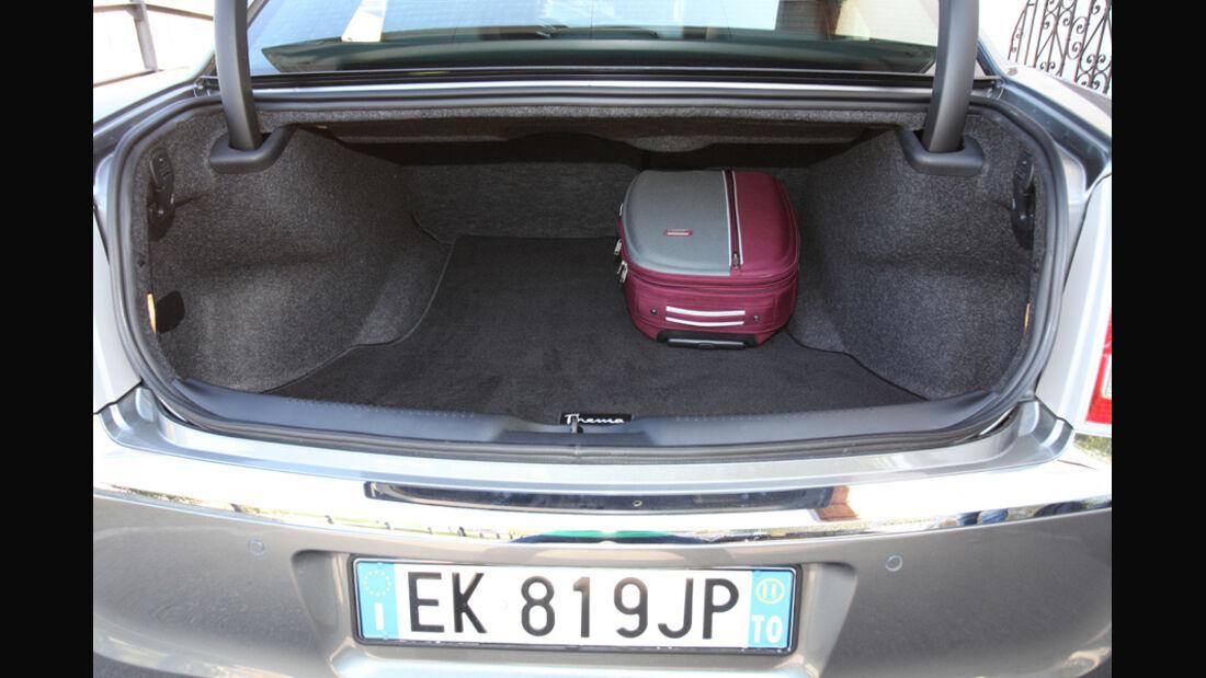 Lancia Thema 3.0 V6 Multijet Platinum, Kofferraum