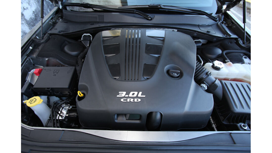 Lancia Thema 3.0 V6 Multijet Platinum, Motor