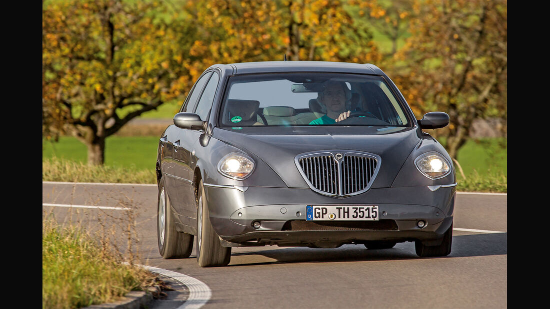 Lancia Thesis 3.0, Frontansicht