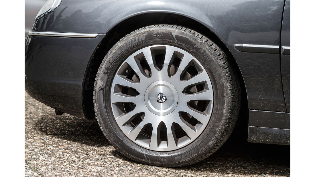 Lancia-Thesis-Felge