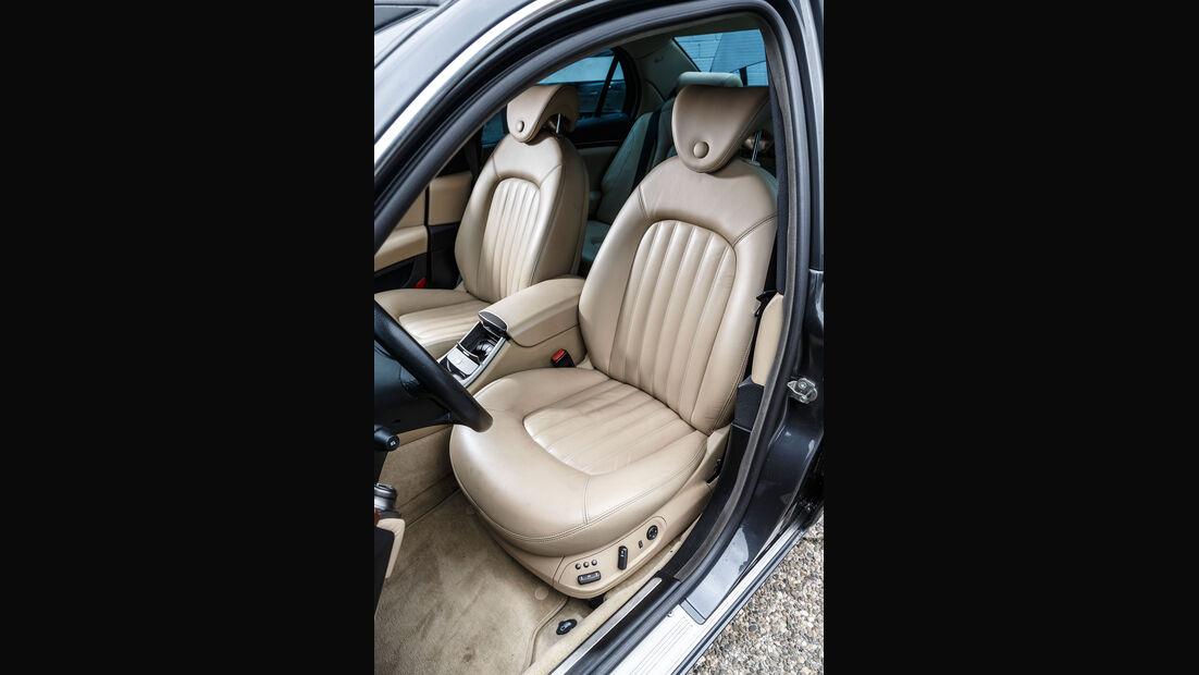 Lancia-Thesis-Interieur