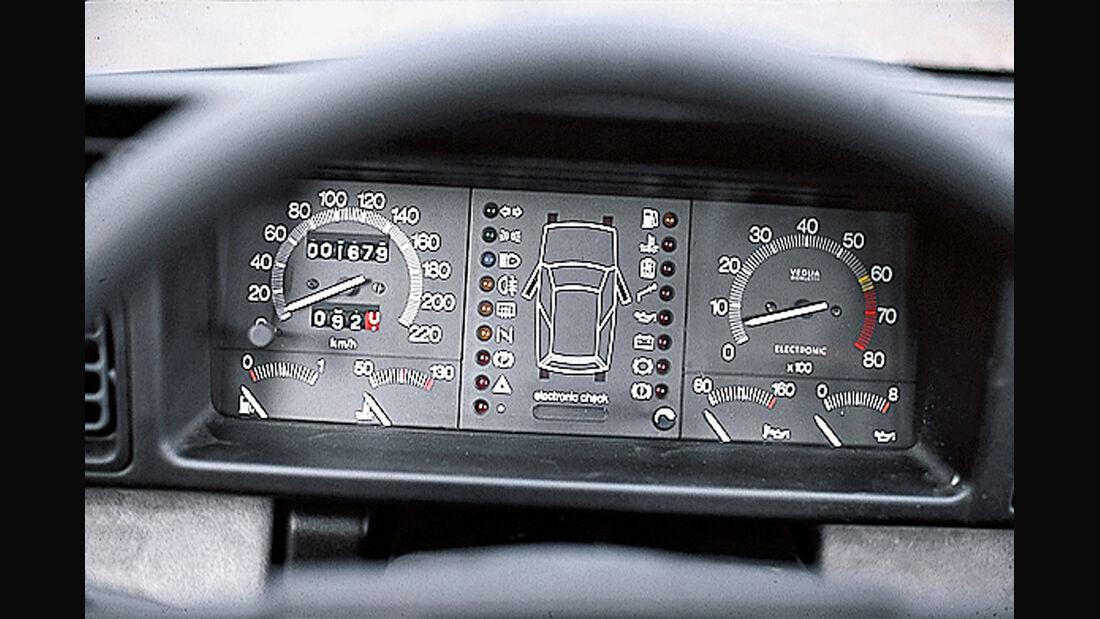 Lancia Y10 Turbo, Rundinstrumente
