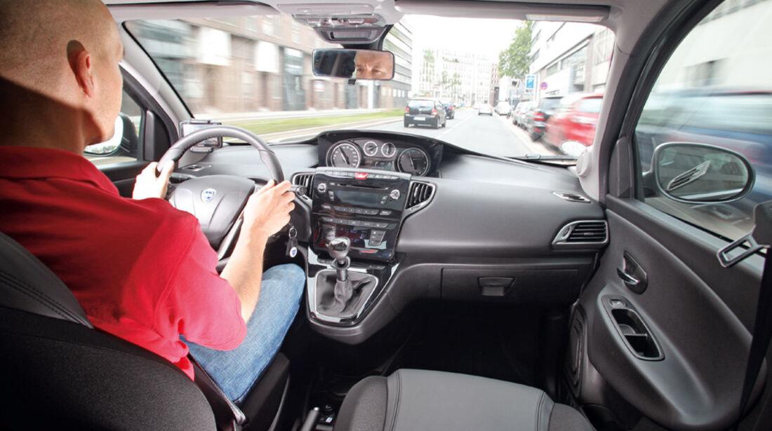 Lancia Ypsilon 0.9 Twinair, Cockpit
