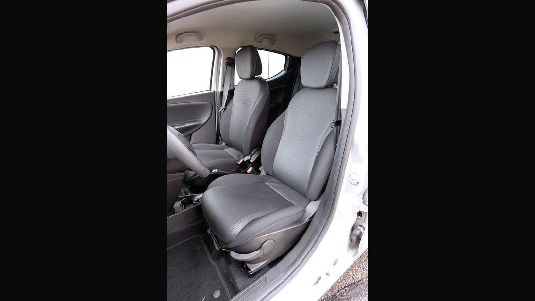 Lancia Ypsilon 0.9 Twinair Platinum, Fahrersitz