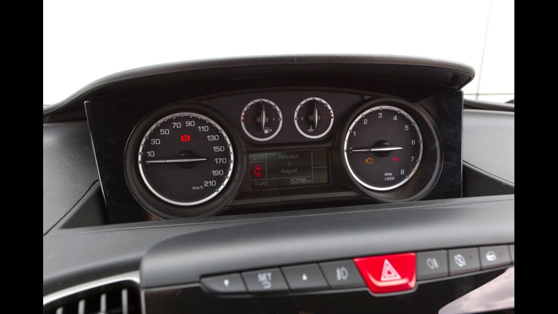 Lancia Ypsilon 0.9 Twinair, Tacho, Anzeigeinstrumente