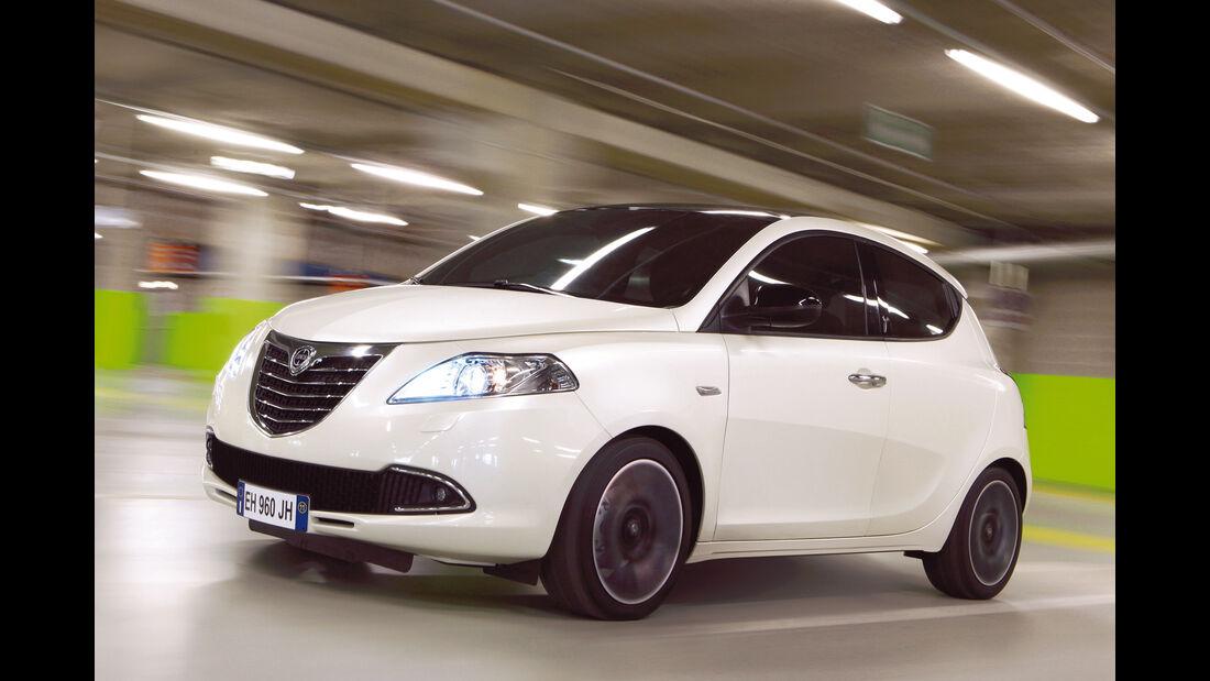 Lancia Ypsilon